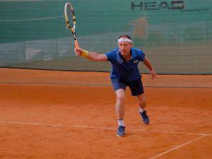 Врачи Петербурга встретились на теннисном корте