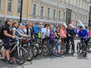 Петербургские врачи приняли участие в мотовелопробеге