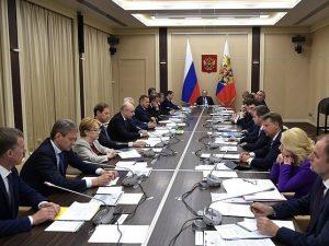 Министр Вероника Скворцова приняла участие в совещании Президента РФ с членами Правительства