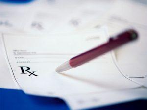 Минздрав подготовил изменения в порядок назначения лекарств и оформления рецептурных бланков