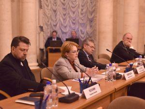 Глава Минздрава выступила на конференции по борьбе с онкологическими заболеваниями