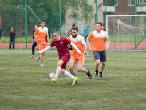 Стали лучшими: команда НИИ скорой помощи им. Джанелидзе выиграла в «Большом футболе»