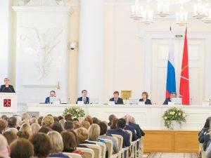 Петербург к концу 2019 года готов полностью перейти на электронные больничные
