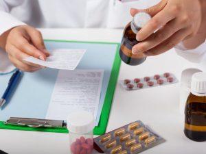 Регионам вернули возможность вести учет выписки льготных лекарств