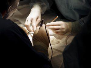 Редчайшую операцию на головном мозге провели нейрохирурги СПбГПМУ